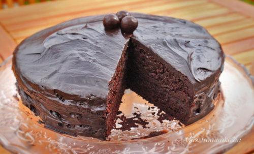 Csokitorta, ami nem száraz! recept