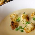 Fokhagymás camembert leves recept