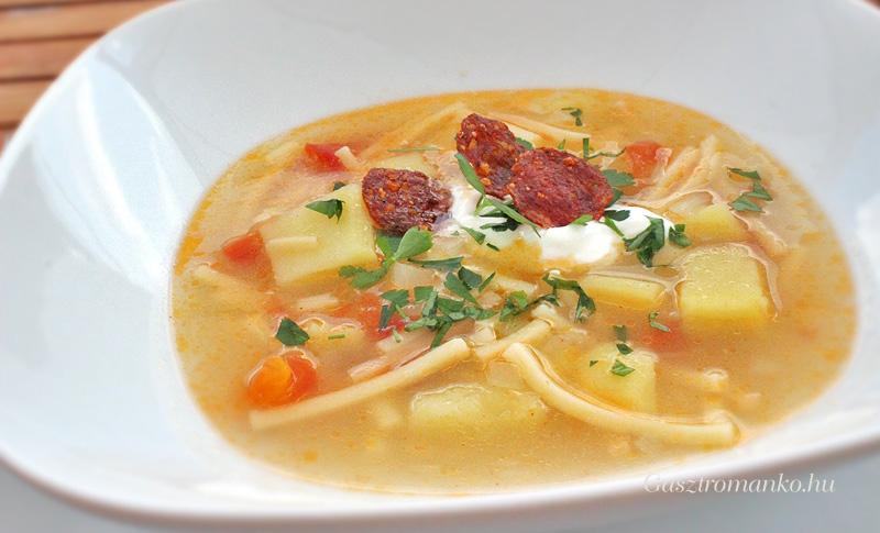 Pikáns krumplileves Széll Tamás módra recept