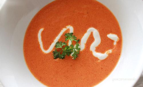 Sült paprika krémleves recept