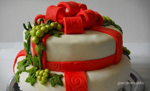 Emeletes szőlő torta recept