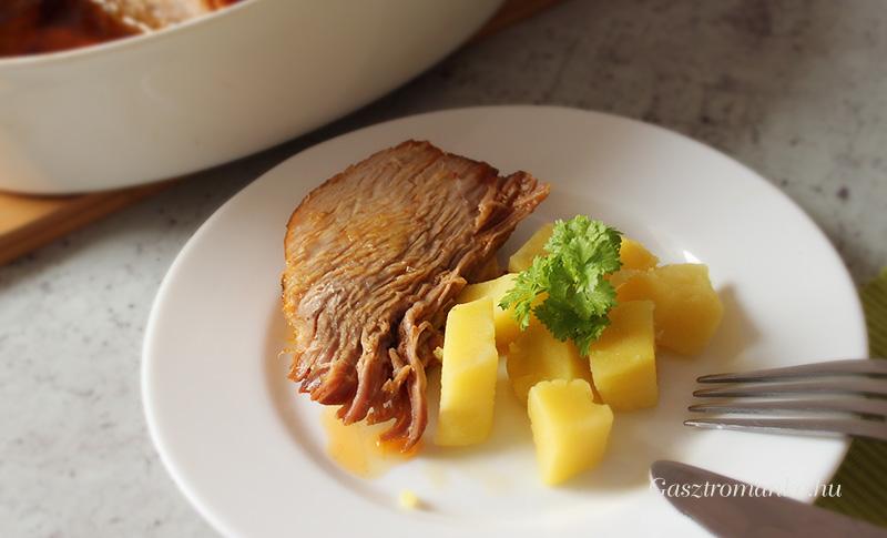 Egyben sült sertéscomb recept