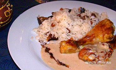 Gesztenyés csirkecomb aszalt gyümölcsös rizzsel recept