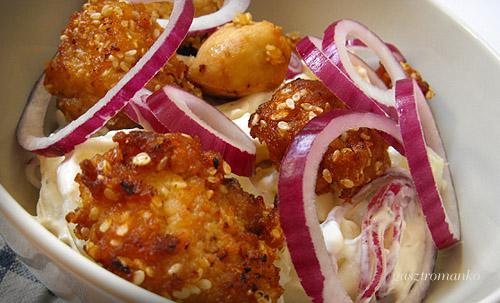 Szezámos csirkefalatok burgonyasalátával recept