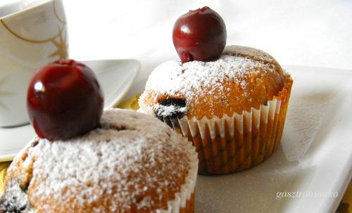 Meggyes csokis muffin recept