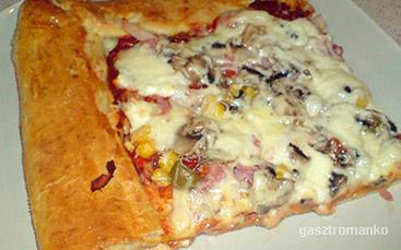 Sajttal tölött szélű pizza recept